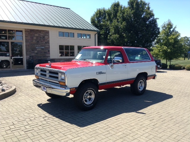 Pre-Owned 1990 Dodge Ramcharger S