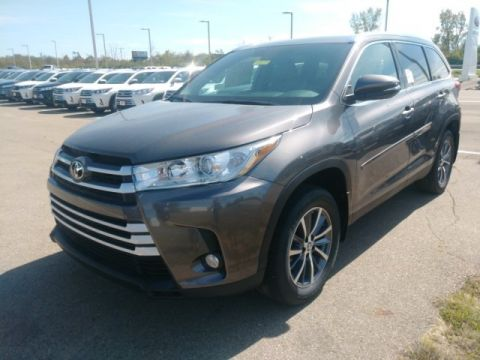 New 2019 Toyota Highlander XLE